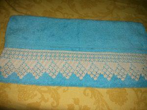 Toalla con Puntilla de Crochet